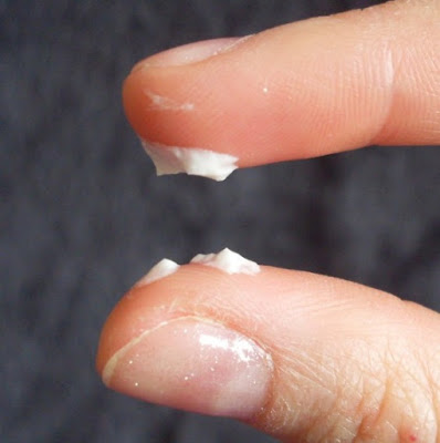 what does milky white discharge look like